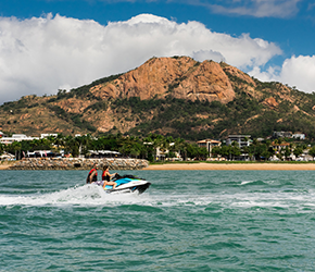 What to do in Townsville - Adrenalin Snorkel and Dive